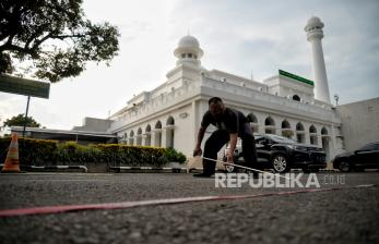 Sholat Jumat, Masjid Agung Al-Azhar Batasi Jumlah Jamaah