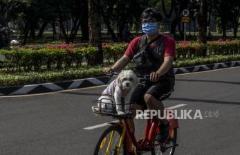 Menhub Ajak Warga ke Stasiun dan Mal Naik Sepeda
