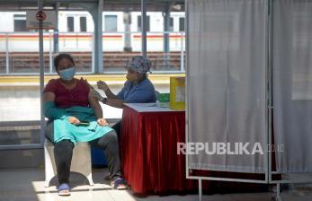 Syarat Vaksin untuk Non-Perjalanan Masih Dipertimbangkan