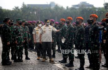 Anies Minta Warga Jakarta Diam di Rumah Akhir Pekan Ini