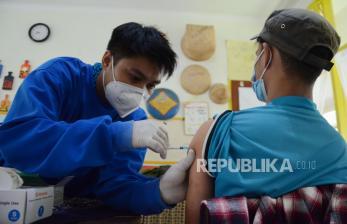 Satgas Covid-19 Cianjur Jalankan Vaksinasi Pagi Selama Puasa