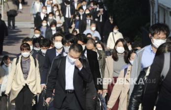 Tokyo Kembali Batasi Publik, Bar dan Restoran Tutup Awal