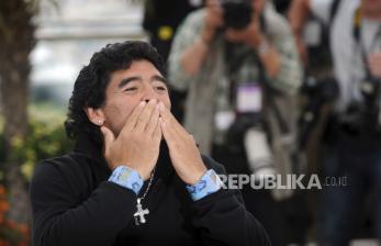 Mobil Porsche Bekas Maradona Saat di Sevilla Dilelang