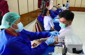 Vaksinasi Siswa SMA/SMK di Bandung-Cimahi Capai 70 Persen