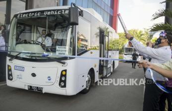 Transjakarta Ujicoba Bus Listrik Rute Blok M – Balai Kota