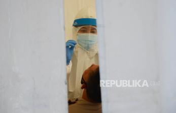 Ahli: Indonesia Belum Capai Puncak Gelombang Pertama Covid