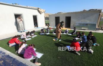 Palestina Tutup Sekolah Usai Covid Varian Inggris Tersebar