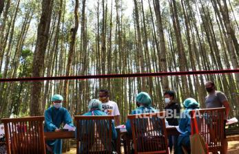 Vaksinolog Dorong Perluasan Cakupan Vaksinasi di Masyarakat