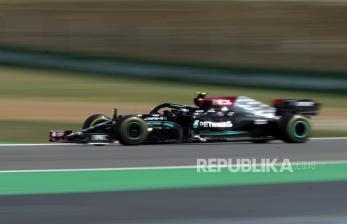 Bottas Pimpin Mercedes Finis 1-2 di FP1 GP Rusia
