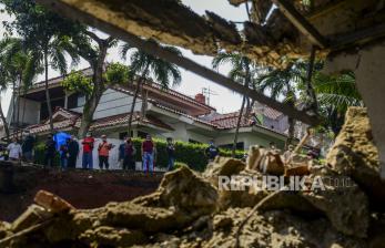 BPBD: Ada Ratusan Warga Terdampak Longsor di Tangsel