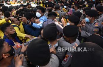 Jokowi Didesak Batalkan Pemecatan 57 Pegawai KPK