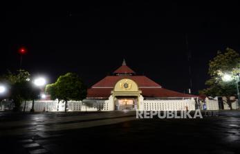 Masjid Gedhe Kauman Yogyakarta Belum Gelar Sholat Jumat