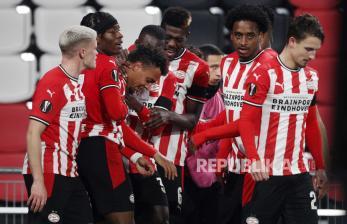 PSV ke Liga Champions Walau Main Imbang, AZ ke Liga Europa