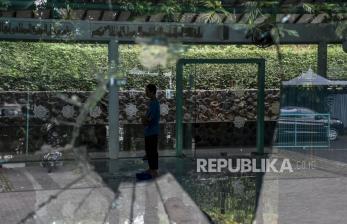 In Picture: Masjid di Dago Dirusak Orang tak Dikenal
