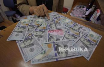 Investor Pantau Stimulus, Dolar AS Melemah