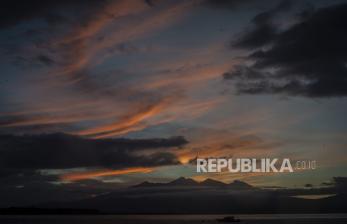 Pelaku Usaha Pariwisata Lombok Barat Mulai Disuntik Vaksin