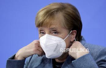Kanselir Jerman: NATO Bahas Gerakan Disinformasi Rusia