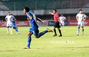 In Picture: Persib Kalahkan PS Sleman 2-1 pada Semifinal Pertama