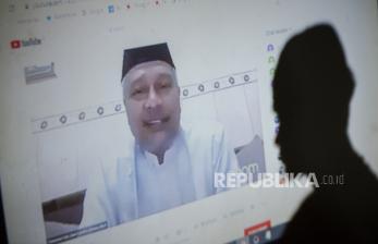 In Picture: Pengajian via Streaming Alternatif Tatap Muka Saat Pandemi