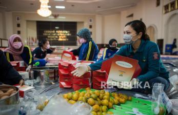 In Picture: Bantuan Sembako Mensos untuk Korban Terdampak Covid-19