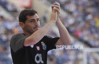 Casillas Ingin Kembali ke Real Madrid
