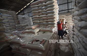 Food Station: Stok Beras Pasar Cipinang Cukup untuk 2 Pekan
