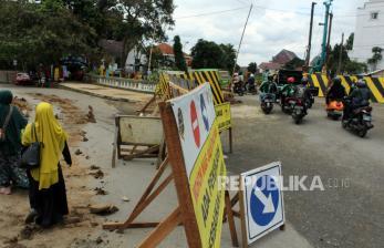 Jalur Ganda Bogor-Sukabumi Bikin Jembatan Paledang Dibongkar