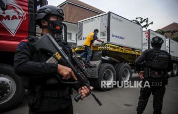 Vaksinasi Dilanjutkan ke Pelaku Usaha Mal di Bandung