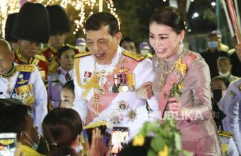 Demonstran Gugat Kekayaan Raja Thailand