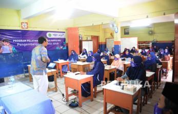 Kemenag Kapuas Hulu Sosialisasikan Juknis BOS Madrasah