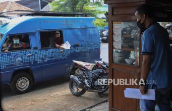 PKL Makanan Surakarta Boleh Layani Makan di Tempat