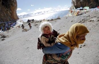 Beberapa Kuil di Tibet Mulai Dibuka