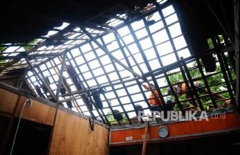 Angin Kencang Landa Tiga Lokasi di Sampit