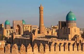 In Picture: Berburu Tenun Ikat ke Bukhara