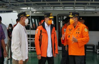 Antisipasi Dampak La Nina, Menhub Tinjau Kapal BASARNAS