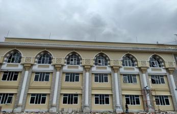 BOR di RS Tinggi, Bupati Indramayu Lirik Asrama Haji