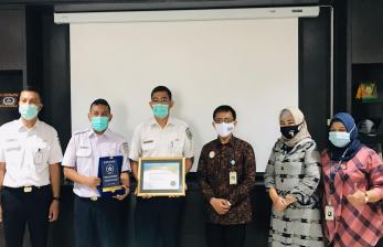 BPJS Kesehatan Anugerahi PT KAI Terkait Program JKN-KIS