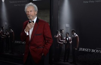 Alasan Clint Eastwood Masih <em>Bikin </em>Film di Usia 91 Tahun