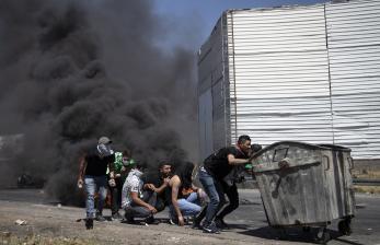 Kekerasan Meningkat, Biden Telepon Palestina dan Israel