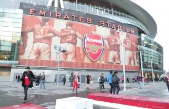 Dari Ashburton Grove Menjadi Emirates Stadium