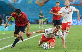 Van der Vaart Kritisi Permainan Timnas Spanyol di Euro 2020
