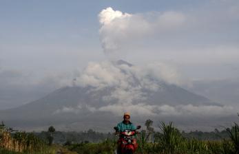 In Picture: Aktivitas Gunung Semeru