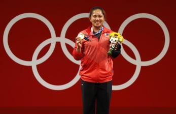 Lifter Filipina Memenangi Medali Emas Pertama bagi Negaranya