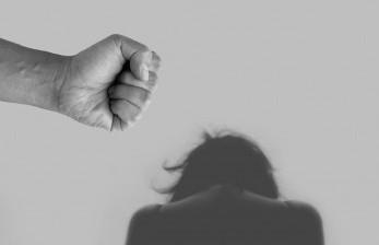 Perempuan Tunisia Gunakan Aplikasi Anti Pelecehan