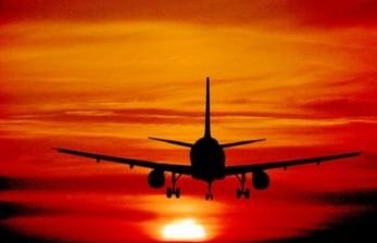 Banyak Negara Ragu Buka Kembali Penerbangan Internasional