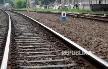Rel Terendam Air, Perjalanan KA Semarang-Solo Dialihkan