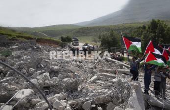 BMM Bantu Warga Palestina dan Guru Ngaji