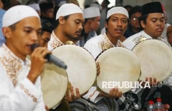 Tradisi Pembacaan Barzanji di Indonesia, dari Mana Asalnya?