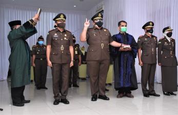 Kajati Lantik Empat Kajari di Jawa Barat