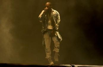 Kanye West Tinggal di Stadion untuk Selesaikan Album Barunya